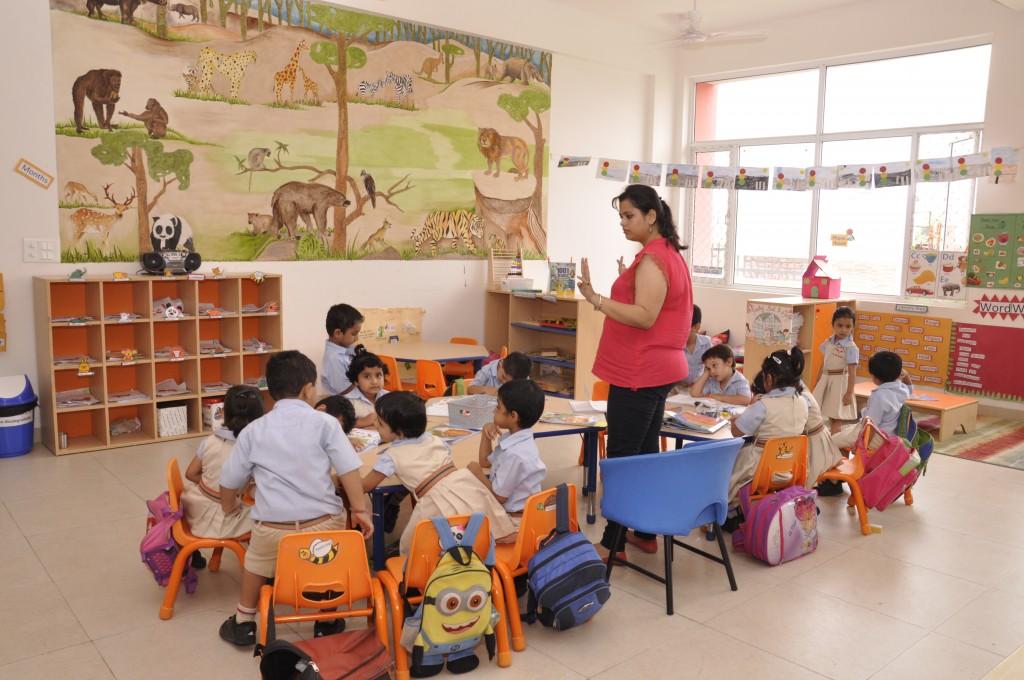 SMT. SULOCHANADEVI SINGHANA SCHOOL